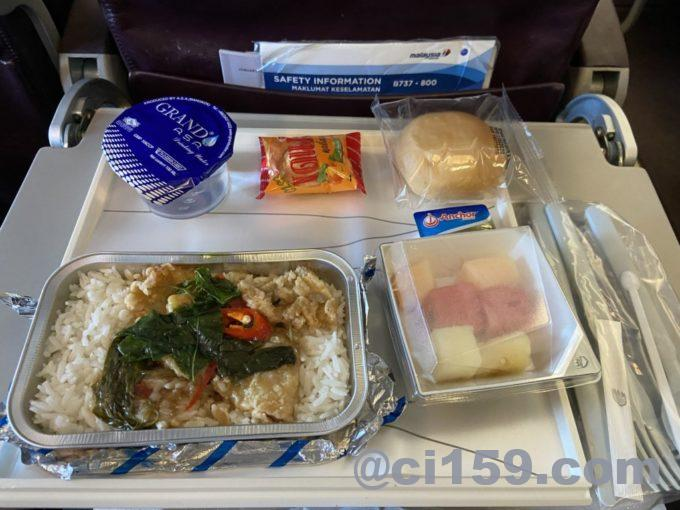 MH783の機内食