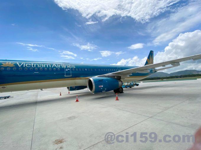 ベトナム航空VN337