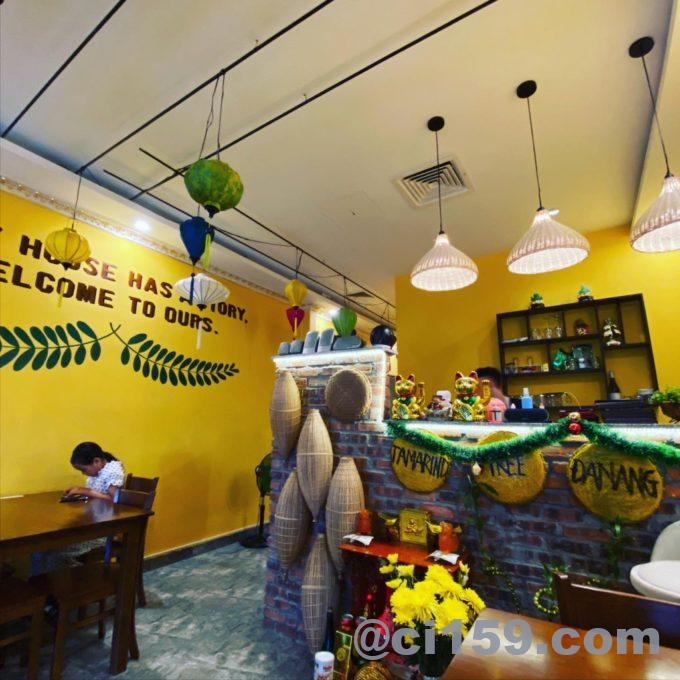 Tamarind Tree Restaurant Da Nangの店内
