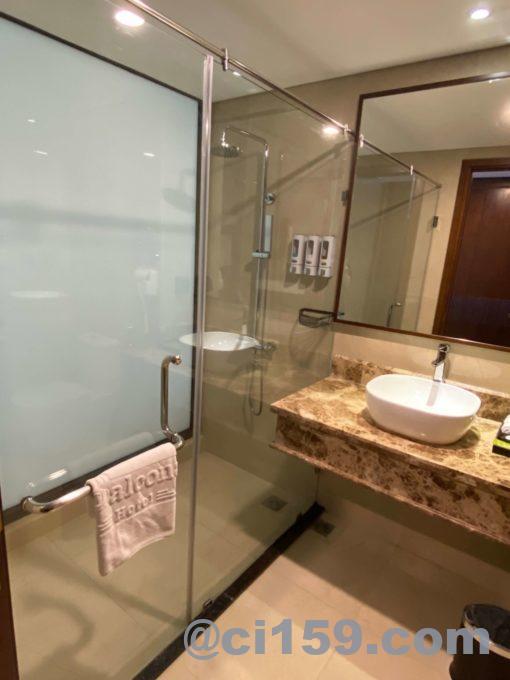 バルコナホテルのシャワールーム