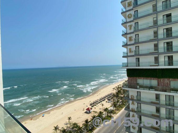 バルコナホテルからミーケビーチの眺め