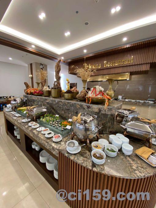 バルコナホテルの朝食会場