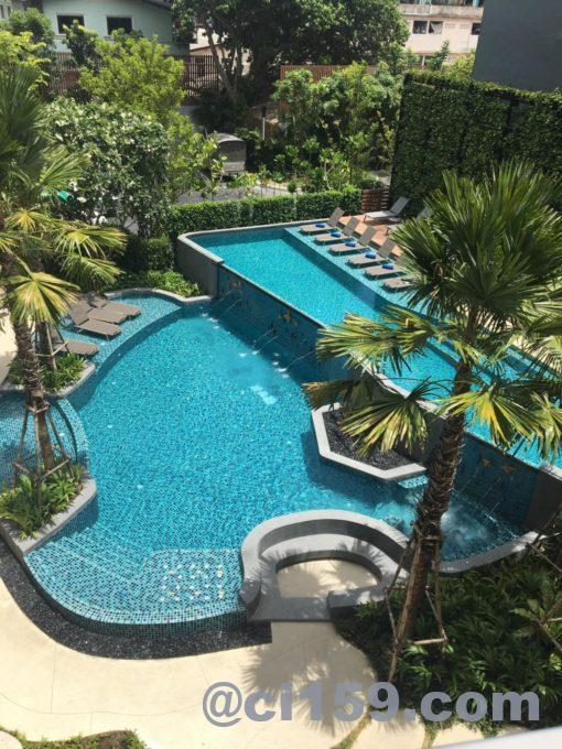 HOTEL AMBER  PATTAYAのプール