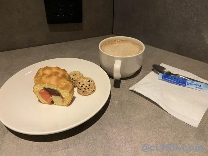 桃園国際空港のプラザプレミアムラウンジの食事