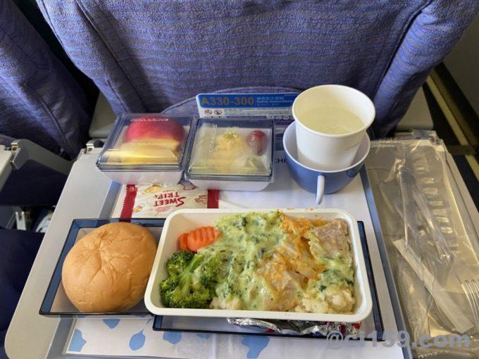 チャイナエアラインci835の機内食