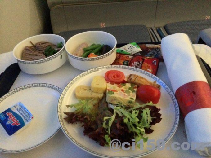 中国南方航空ビジネスクラス機内食のアペタイザー