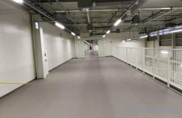 関西空港第二ターミナルの通路