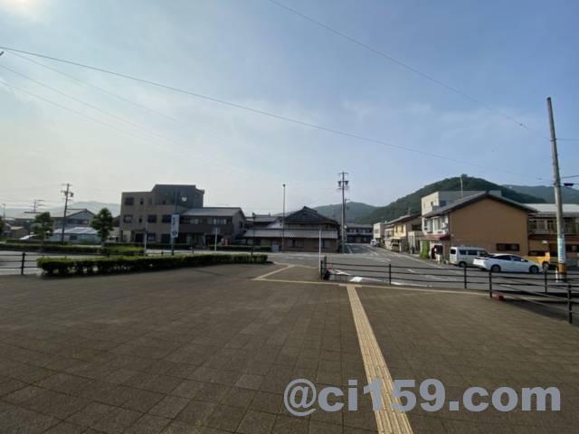 紀伊長島駅の駅前