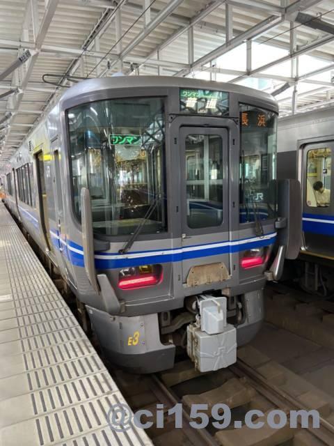 北陸本線521系