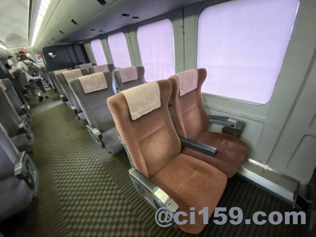787系特急みどり号の座席