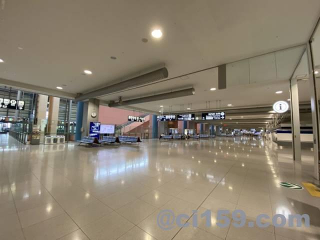 関西空港国内線フロア