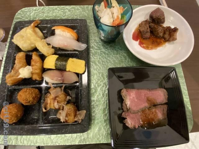 湯快リゾート鳥羽の夕食ビュッフェ