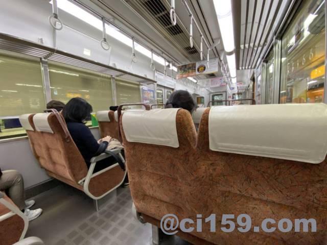阪神9300系の車内