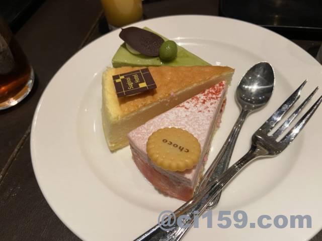 バイキングレストラン「シーズ」のケーキ