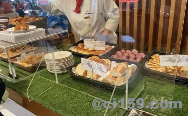 杉乃井ホテル「Seeds(シーズ)」のパンコーナー