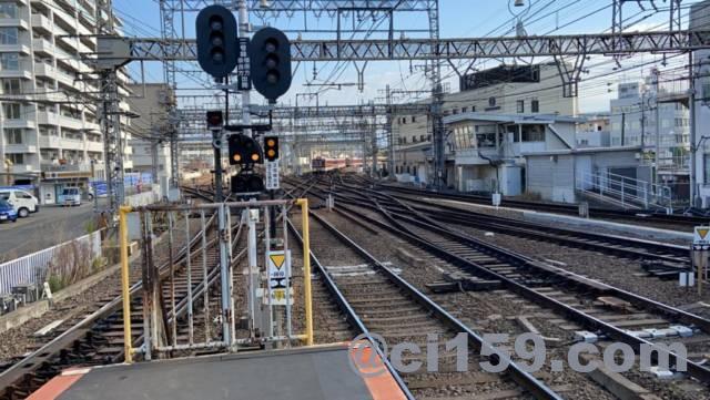 大和西大寺駅から分岐線