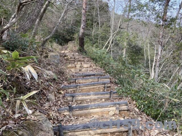 竹田城跡の駅裏登山道