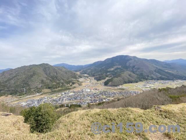 竹田城跡の天守台からの眺め