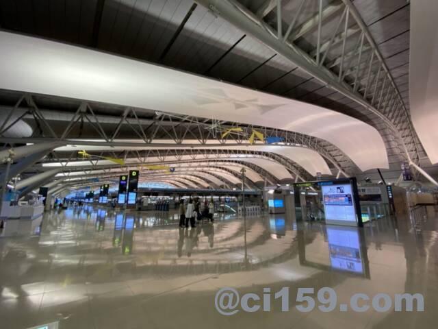 関西空港4階国際線出発フロア