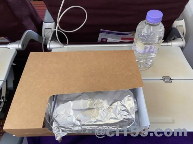 タイ国際航空TG623便の機内食