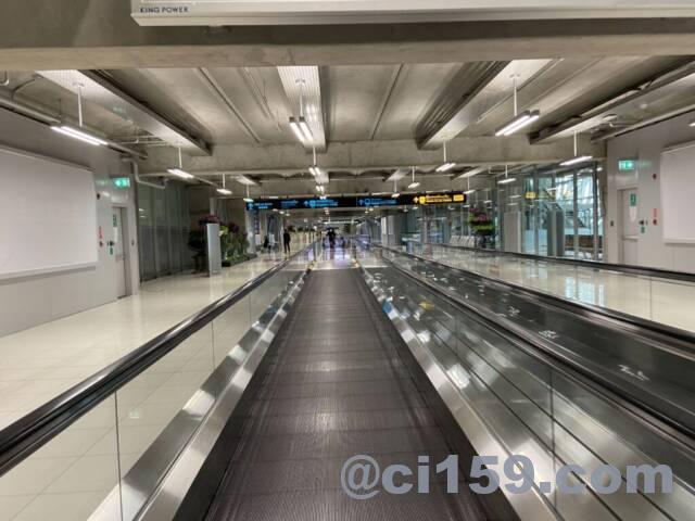 寂しいスワンナプーム空港